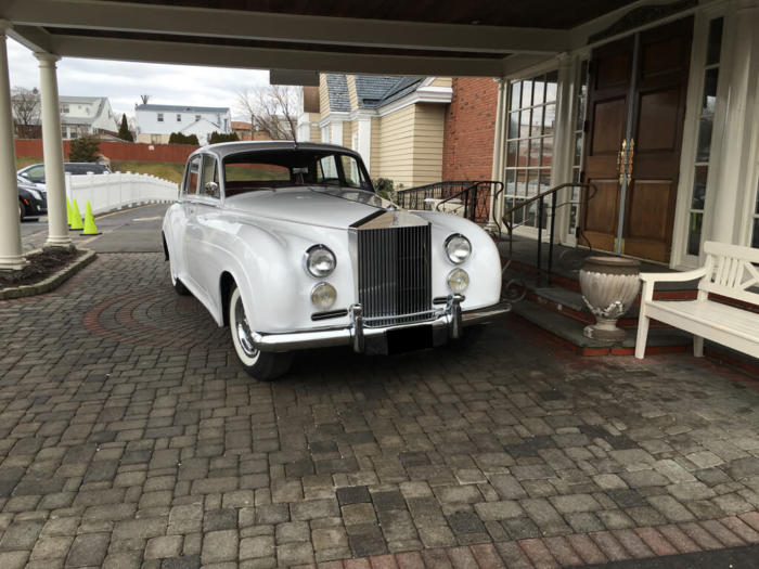 1960 ROLLS-ROYCE CLOUD 3 (1)
