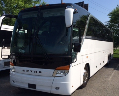 55 Pass Coach Bus 1