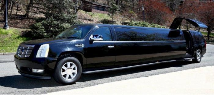 Cadillac-Escalade-Stretch-Limo-6